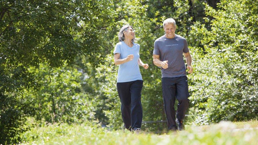 Sport und Bewegung zur Vorbeugung von Besenreisern